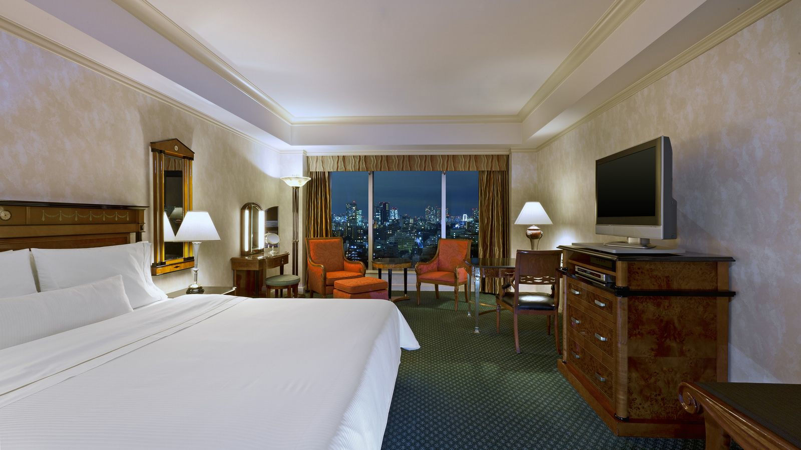 City View Deluxe King Rooms